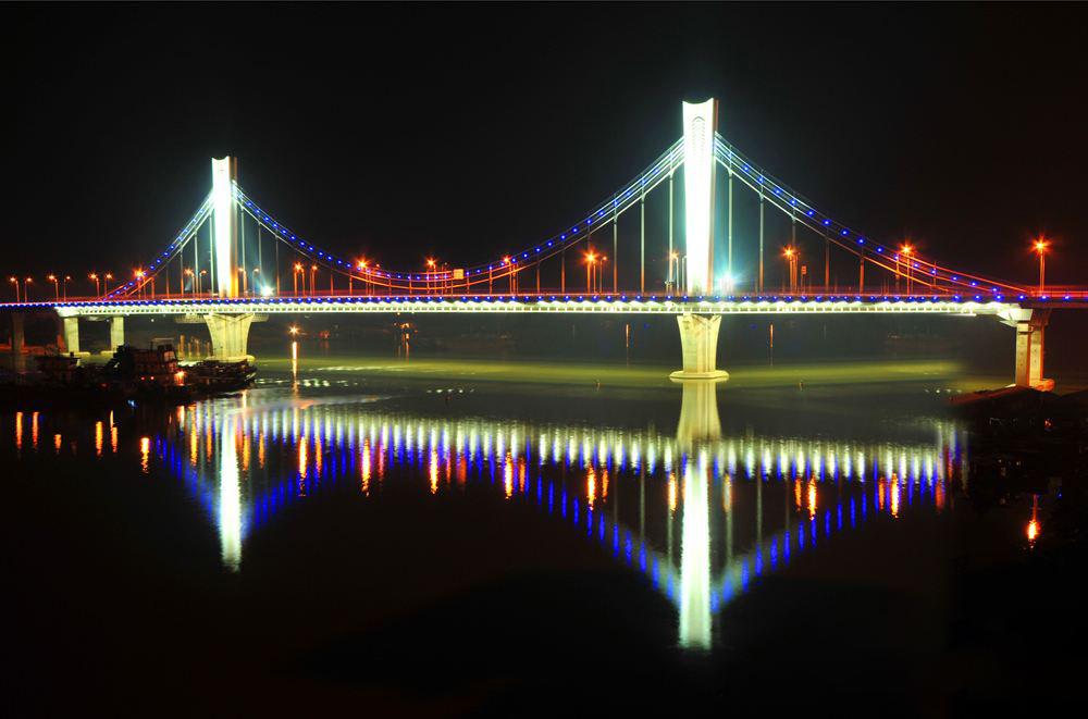 洪都大桥南主桥.jpg